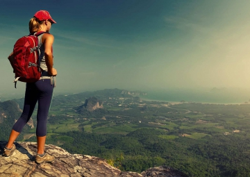 Benefits of using a backpack while traveling